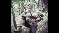 There is awesome gender bending Witcher 3 Cosplay. Watch it screen 1